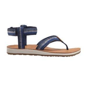 3bc8b45a2009 Teva Shoes - NWOT Teva Original Women s Sandal Ombré